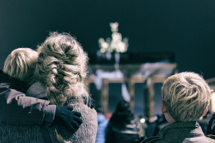 Berlin Brandenburg Gate Brandenburger Tor Children Family Humans Night People People Photography People Watching Peoplephotography Street Street Photography Streetphotography Battle Of The Cities
