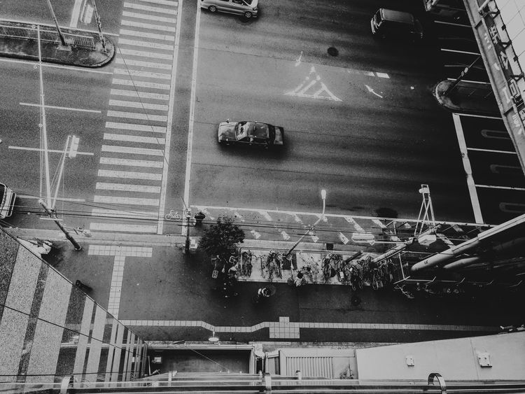 Las calles de Osaka, Japón. Streetphotography Movilgrafias Blancoynegro Blackandwhite Melancholic Landscapes Melancholy Art Artist Fine Art Photography