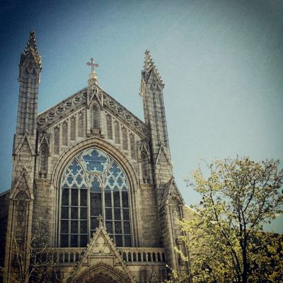 Holyrood Church on 179 and Fort Washington Instagramuptown Inwood Washingtonheights Uptown newyork city nyc church