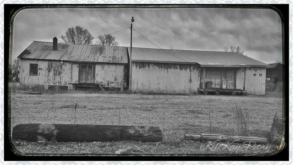 NC Statesville Blackandwhite Empty Broken Abandoned