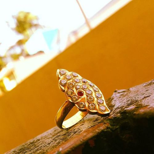 Chank Sangu Shape Ring Bonding Love Beautiful