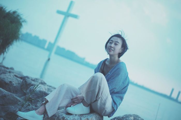 End of the day @Dushu Lake, Suzhou, China Bestie  Blue Dusk Lake Suzhou Suzhou, China Shorthair No Makeup Candidshot Smile Summer Relaxing The Great Outdoors