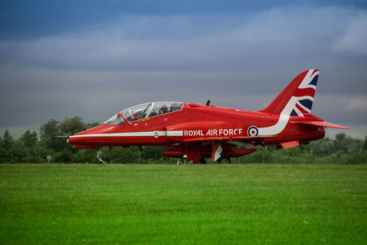Aerobatics Air Vehicle Aircraft Airplane Airshow Flying Grass International Air Tattoo Military No People Raf Red Red Arrows Red Arrows Air Display Royal Air Force Royal International Air Tattoo Sky Hawk