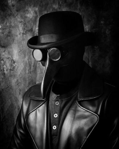 The Stranger... Portrait Conceptual Blackandwhite EyeEm Bnw Noir Darkart
