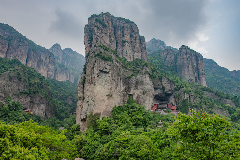 Ziseetheworld Ziwang Chinese Green Color Buddha Temple Buddhism Forest Jiuhuashan Mountain China Zhejiang,China Scenics - Nature Beauty In Nature Mountain Range Tranquility Non-urban Scene Environment Idyllic Landscape Rock Rock Formation Cloud - Sky Physical Geography Formation Mountainpeak