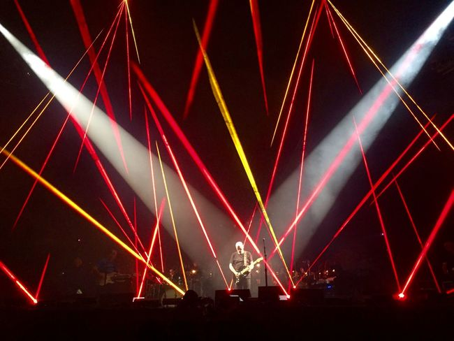 Pink Floyd Gilmour Night Laser Arts Culture And Entertainment Illuminated Performance Stage - Performance Space Nightlife Stage Light Event Popular Music Concert Crowd Music