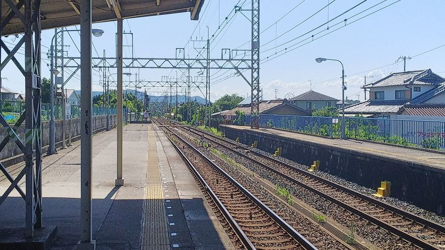 線路 線路沿い 田舎 田舎の風景 日本 Railroad Track Rail Transportation Transportation Public Transportation Sky Railroad Station Railroad Station Platform Cable No People Day Train - Vehicle Electricity Pylon Electricity  Built Structure Outdoors City