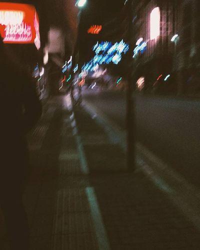 Και το βράδυ που πέφτει ολοένα στην πόλη, στων ανθρώπων την όψη στου ουρανού τον καθρέπτη Insta_patras Instapatra
