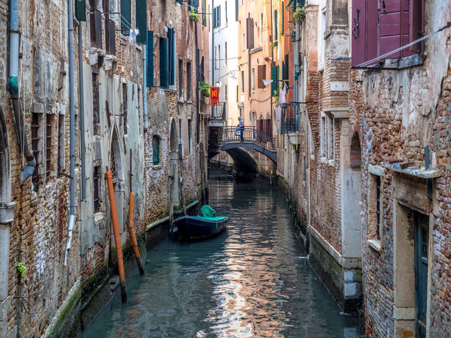 Architecture Building Exterior Built Structure Canal Day Gondola - Traditional Boat Nautical Vessel No People Outdoors Water