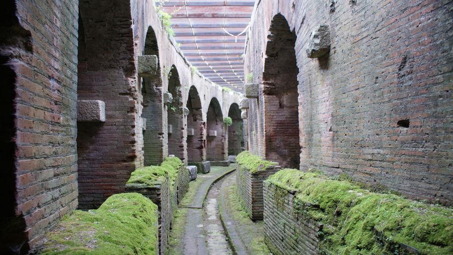 Anfiteatro Anfiteatro Campano Di Vetere Architecture Arena Brick Wall Built Structure Capua History No People Old Ruin Romano Rovine