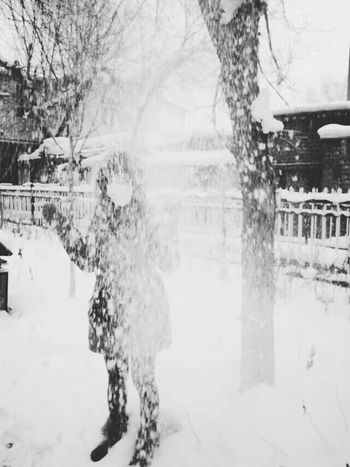 Snow ❄ 乌鲁木齐 Urumqi Taking Photos Relaxing Enjoying Life Girl Beautiful ♥ Happy Day Eye For Photography
