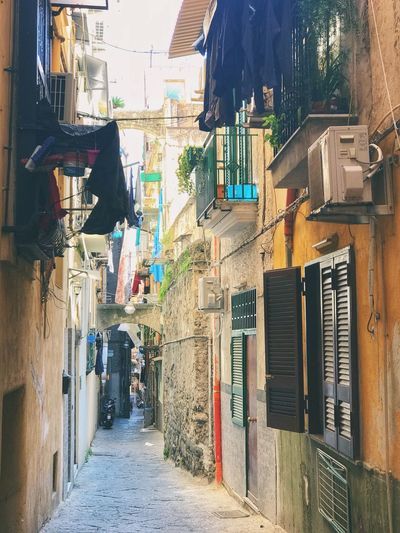 Street of Naples. Empty Napoli Old-fashioned Building Exterior Built Structure Architecture Building City Residential District Day Street Sunlight Outdoors House Wall - Building Feature Alley Narrow Hanging