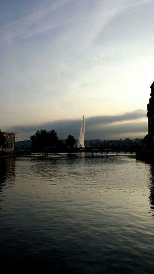 Early morning Lacleman Earlymorning  Amazinglight  Jetdeau Ilerousseau Crazyclouds Hello World Water Reflections