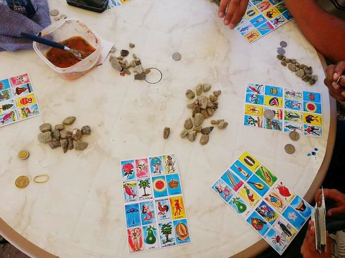 Mexican Lotería Mexico Games Playing Games Mexican Bingo Loteria Loteria Familiar Playing With Rocks Sunday Fun