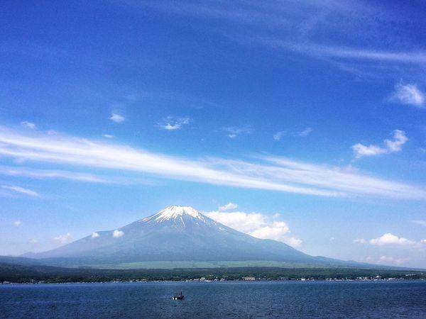 神々しいまでの美しい姿😌🙏✨ Beautiful Day EyeEmBestPics Relaxing IPhoneography Peace And Love Myfavoriteplace 富士山 山中湖