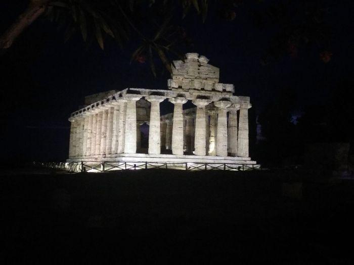 Templi Di Paestum Architecture History Eyemphotography EyeEm Gallery EyeEm Best Edits Beauty In Nature Eye4photography  EyeEm Eyemnaturelover Eye4photography