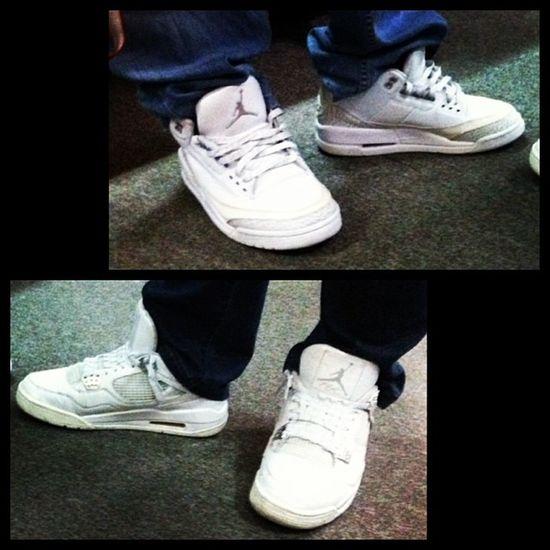 And they met. Haha! @kicksontheblock2 @kicksraffle23 Jordan Silveranniv Jumpman Kicks Moneymaker Whitechrome Shoes