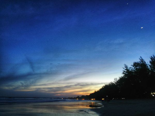 Blue Sky Nature Reflection Beauty In Nature Sunset Tree Outdoors No People Scenics Tranquility Night Tranquil Scene Milky Way Illuminated Astronomy Star - Space Beach Water Galaxy