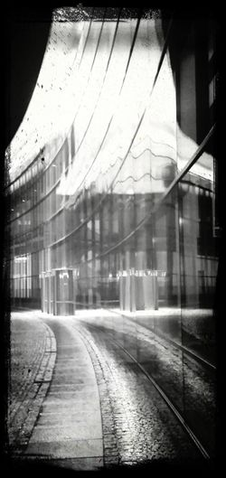 Rainy Day Mirrors Reflections Nuremberg Nürnberg