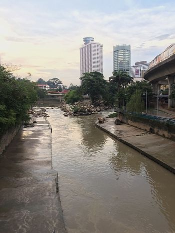 Beginning a kuala lumpur From one split to two river, Klang River River Architecture Built Structure Building Exterior Sky Building Nature Cloud - Sky Transportation
