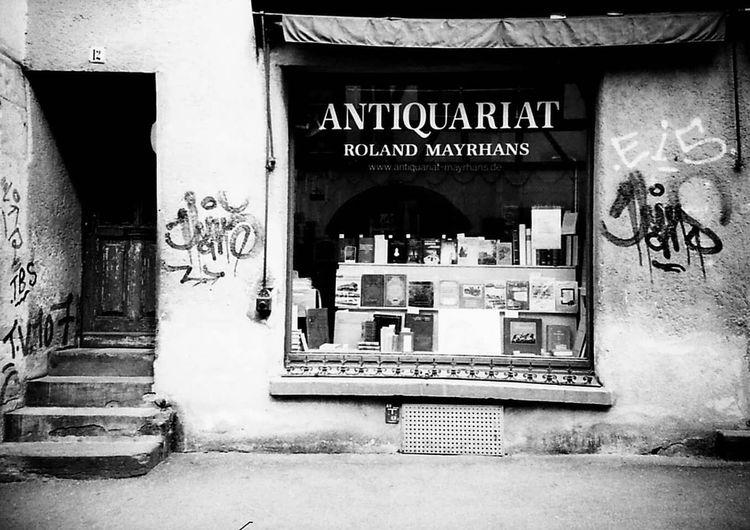 Tuebingen ! Caffenol devolopment! Antiquariato Antik Black & White Blackandwhite Photography Monochrome Caffenol Analog Photography Lomo LC-A Lomography