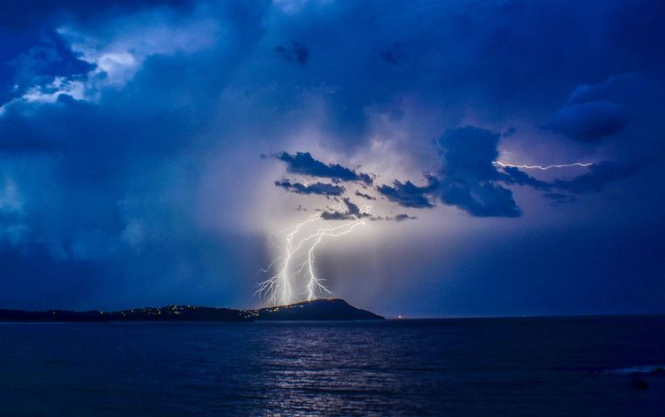 Chasing the storm from Terrigal point looking out to foresters NSW Australia Forces Of Nature Landscape_Collection Storm Beauty In Nature Energetic Forked Lightning Landscape_photography Lightening