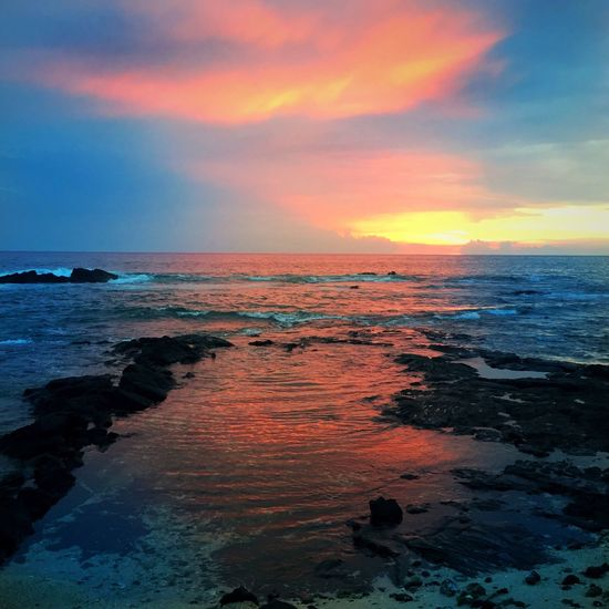Sea Sunset Horizon Over Water Beauty In Nature Scenics Sky Water Beach Nature Orange Color Cloud - Sky Tranquil Scene Tranquility Idyllic Outdoors Wave No People Travel Destinations Vacations Day Hawaii