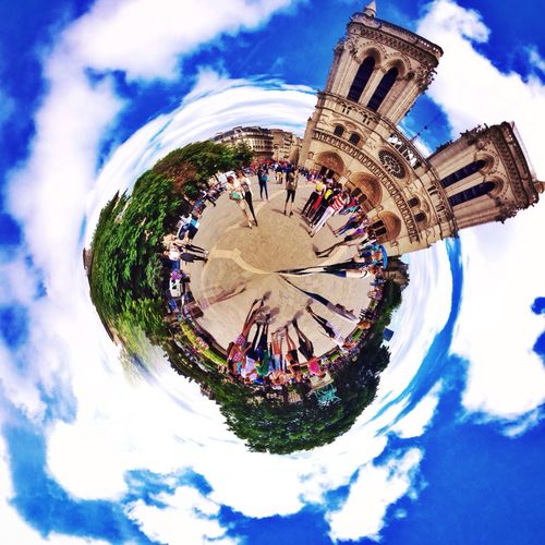 Planet Paris , dive in the heart of the City near Notre-Dame . A World of Beauty full of History . IPhoneography Streetphotography Abstract World