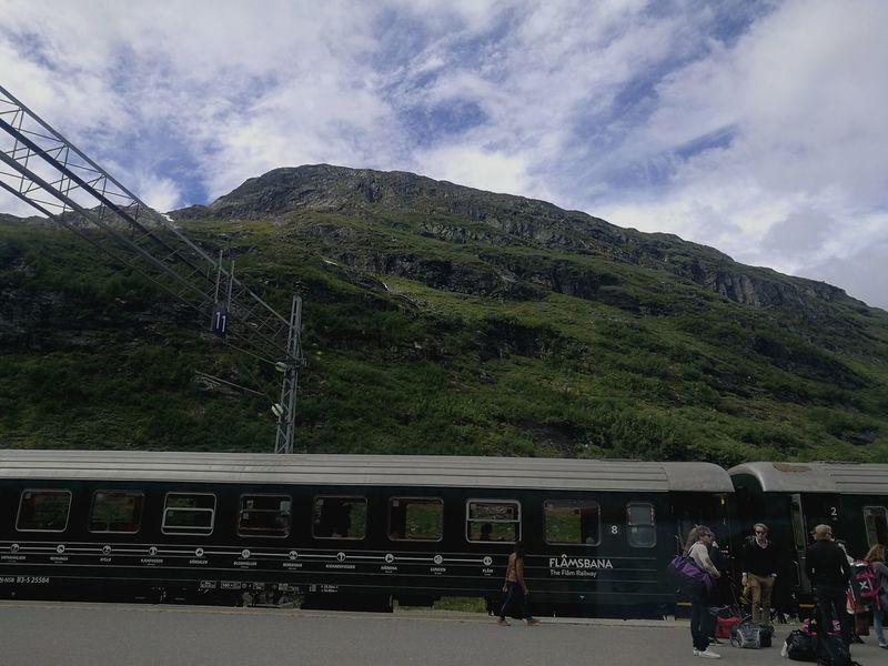 "Never forget trains aren't only meant for commuting... Stop in ""the most beautiful train journeys in Europe"": Oslo-Bergen Train Station Norway Flåm Transportation Hwaweip9"
