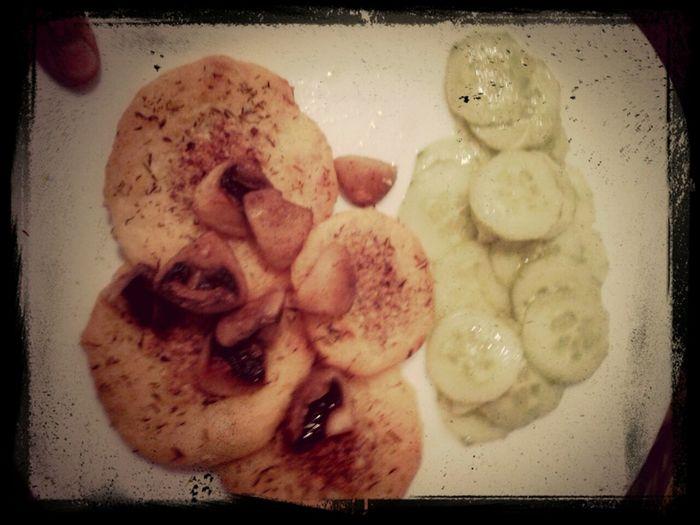 man war das gestern lecker irische Kartoffeln Fladen mit Gurkensalat und Pilze
