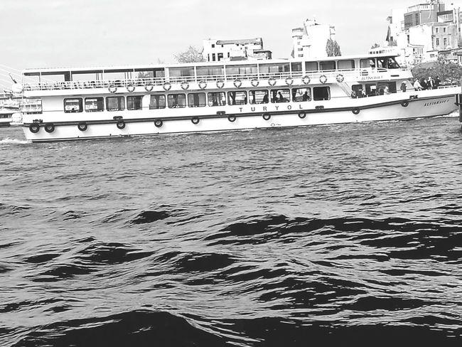 Arrival Place Of Worship Nautical Vessel Istanbul City Harbor Landscape Outdoors Istanbul, Turkey Transportation Istanbul Asia Architecture Europpa Asia Istanbul Cityscape Istanbul Europpa Istanbulstreetphotography Sea Turkeyphotooftheday✪ Travel Destinations Istanbullife Water Turkey💕 Türkiye 💙💛 Tourism Vacations Cruise Ship