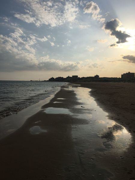 Luce e luci! Beach Water Sunset Scenics Tranquility Sand Tranquil Scene Sky Nature Beauty In Nature Sunlight Horizon Over Water Silhouette No People Sun Cloud - Sky Outdoors Travel Destinations Landscape Been There.