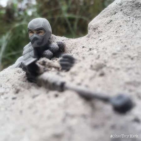 An exercise in concealment... He breaks cover only precisely when opportunity presents itself. A saboteur there, but not, all the while... Firefly Gijoe Cobra Ohiotoykick Ata_dreadnoughts Toyoutsiders _tyton_ Toysaremydrug Tcb_followmeyoumust Nogods_justmonsters Starwarstoyfigs Toyelites Bbtoypix Toyslagram_toyartistry_dual_feature Toyleaguestarwars Starwars Toyleague Toyplanet Toyartistry Anarchyalliance Rebeltoysclub Jj_toys Toycrewbuddies Toygroup_alliance Toyartistry_elite toyphotography epictoyart toyboners cincinnati ohio
