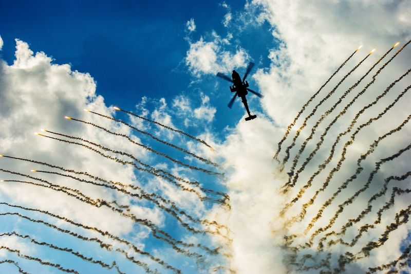 Airshow Aircraft Sun Sunny Athens Flying Week 2017 Athens Flying Week Creativity Flare Helicopter Clouds Teamwork Flying Airplane Coordination Mid-air Skill  Airshow Motion Sky Cloud - Sky Aerobatics Air Force Stunt Air Vehicle US Air Force Acrobatic Activity Stunt Person
