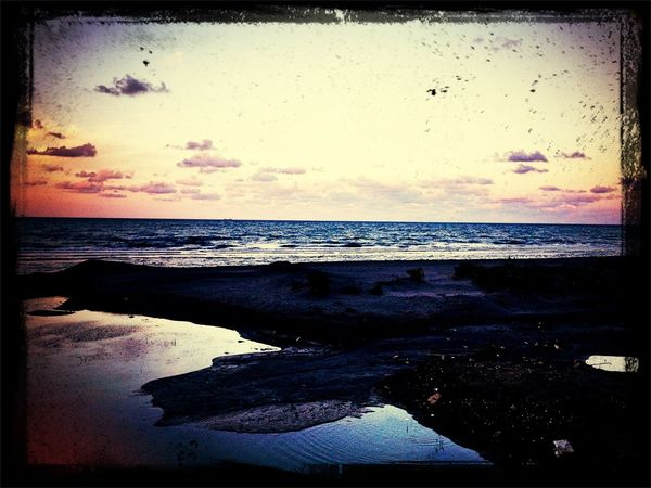 Enjoying The Sun Being A Beach Bum Izmir Deniz