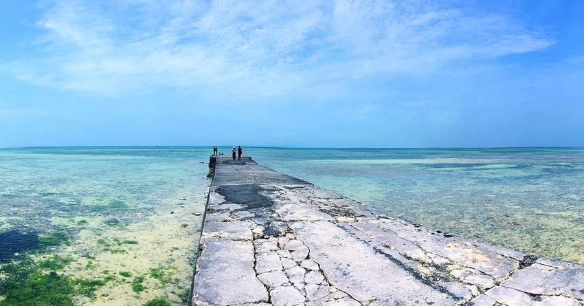 竹富島 西桟橋 Taketomijima Taketomi Taketomi Island Yaeyama OKINAWA, JAPAN Okinawa Jetty Pier Sea Bluesea Clear Water