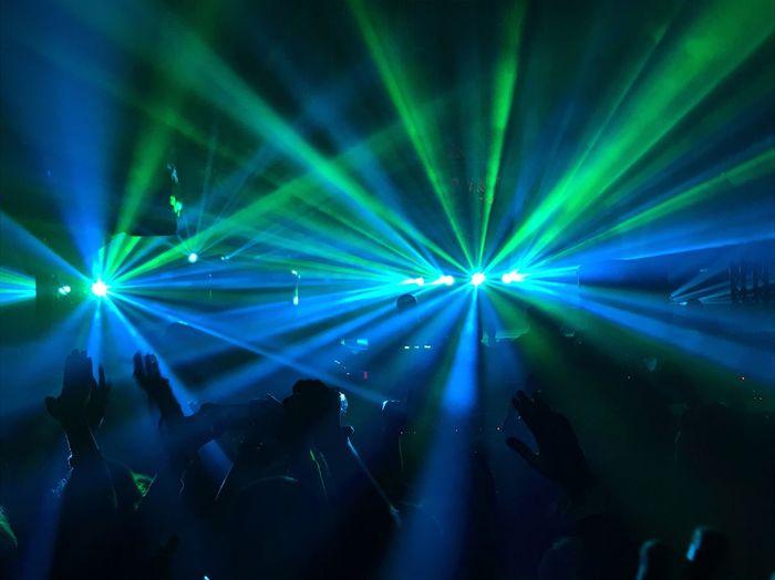 Hyte Hyte Techno Music Arts Culture And Entertainment Illuminated Enjoyment Night Lighting Equipment Nightclub Light Light - Natural Phenomenon Laser Large Group Of People