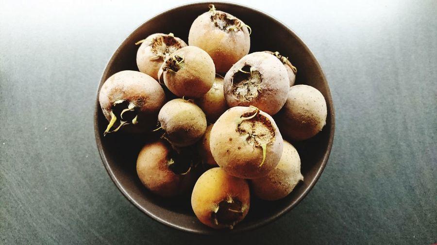 Medlar-Harvest