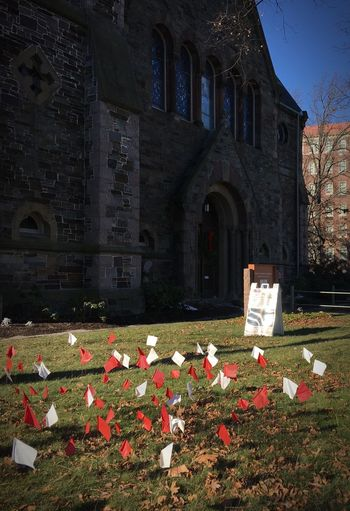 Flags Of Peace Flags In The Wind  Church Red And White White And Red Stop Gun Violence Rojo Y Blanco