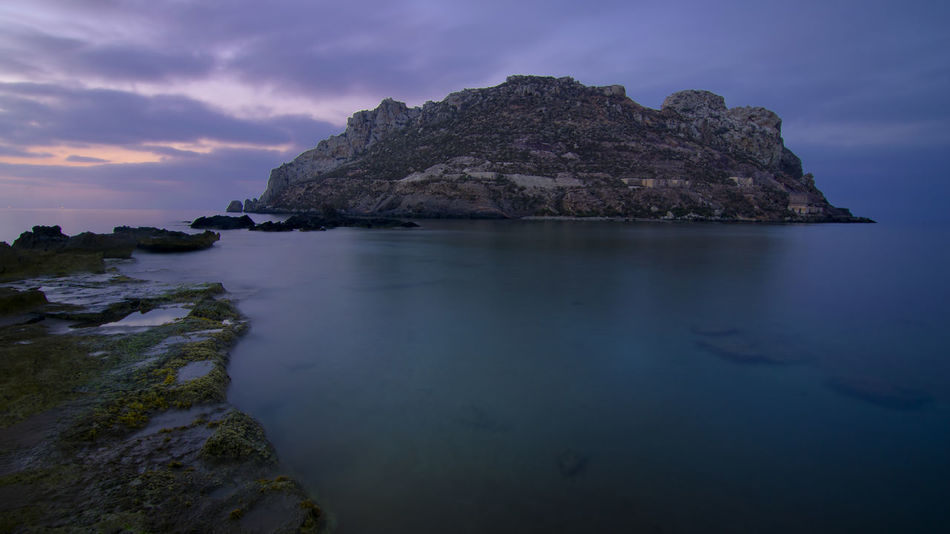 22 . https://open.spotify.com/track/6KaB99mHMkRDjulIv2i6Q7 Aguilas Amanecer Isla Del Fraile Murcia Aguilas Murcia Beauty In Nature Fraile Isla Larga Exposicion Nature No People Rock - Object Rock Formation Scenics Sea Sky Tranquil Scene Tranquility Water