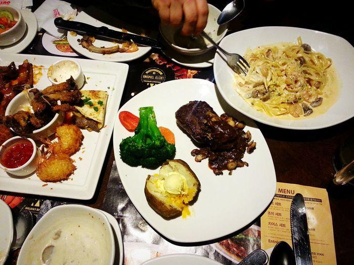 아웃백 경기도 Dinner Enjoying Life