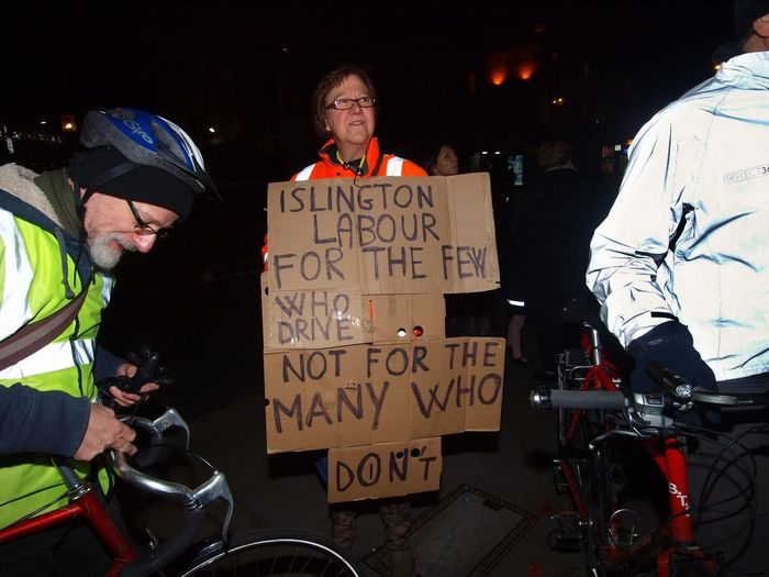 Stop Killing Cyclists. Vigil +Die-In. To honour cyclist killed by a heavy goods vehicle on Pentonville Road. Islington Town Hall. Upper Street. Islington. 08/11/2017 Vigil Zuiko Cycling Stevesevilempire Protest Olympus Cyclists Islington Protestor Stop Killing Cyclists Cyclist Protest London News London London Cycling Campain Politics And Government Steve Merrick