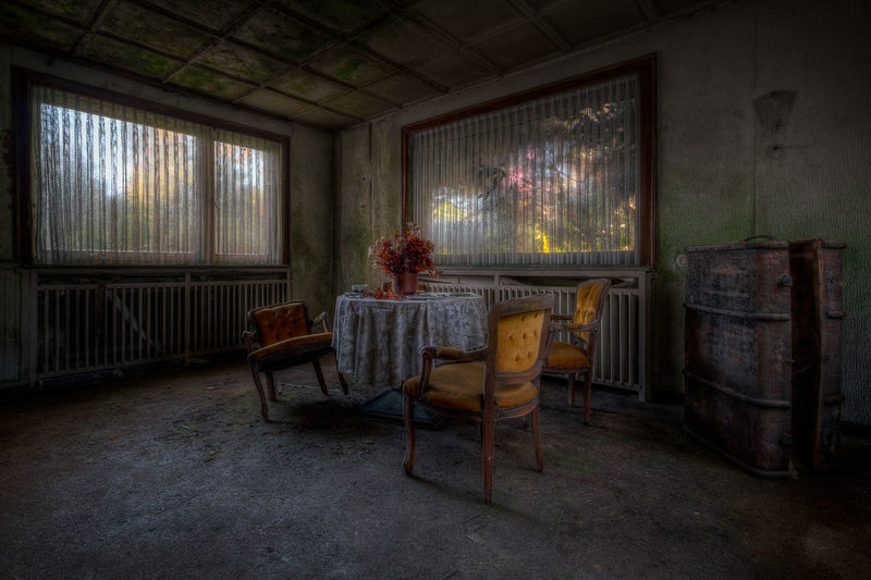 Seat Window Indoors  Chair Absence No People Table Old Abandoned House Obsolete Urbexphotography Decay Decaying Mistery Misterious Spooky Spooky Atmosphere Abandoned Places Abandoned Buildings Decayed Beauty Coffin