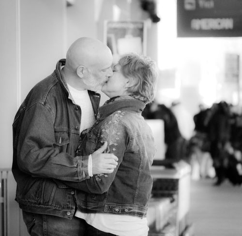 Kissing Love Two People Affectionate Togetherness Real People Embracing Streetphotography Airportphotography Airport Goodbyes