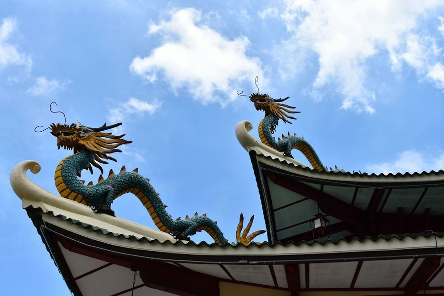 One of the roof features of Taoist Temple in Cebu City, are the mythical creatures - dragons. It is very facinating to note that I was also born in the year of 1988 which was the year of the dragon. Philippines Cebu City NikonD3400 Nikonphotograhy TaoistTemple Temple - Building Chinesearchitecture Dragons Roof Roof Tile Roof Feature