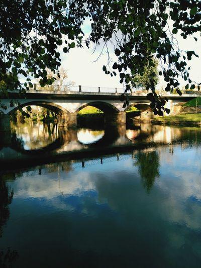 Sombras // Shadows Ponte Bridge Portugal Portugal_em_fotos Portugaldenorteasul Serta Paisagem Urbana Perspective My Best Photo 2015 Water Reflections Beirainterior