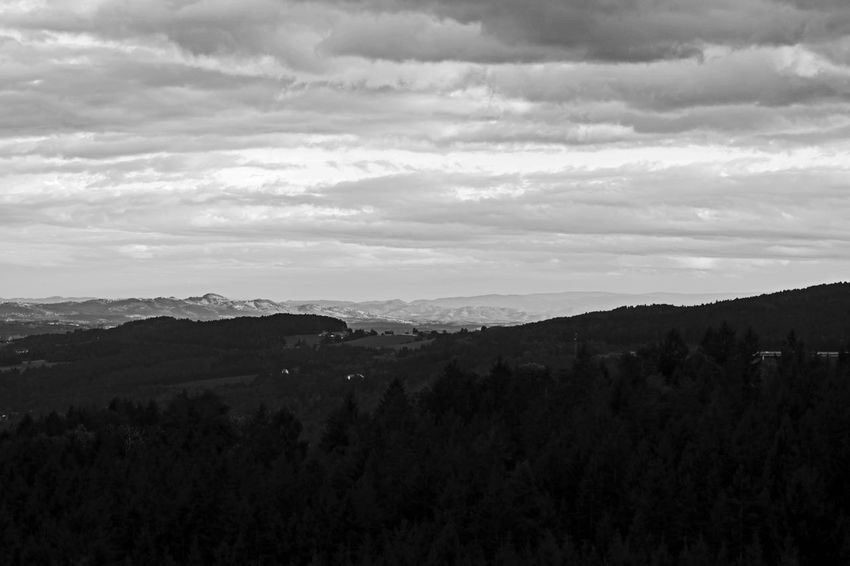 EyeEm Nature Lover EyeEmNewHere Beauty In Nature Blackandwhitephotography Canon 750d Day Landscape Mountain Myownphotography Nature No People Outdoors Sky Tree