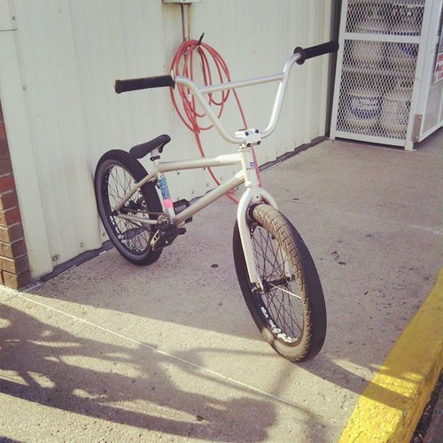 Bmxing today. Bmxing Lateupload Sunnyout Hotout