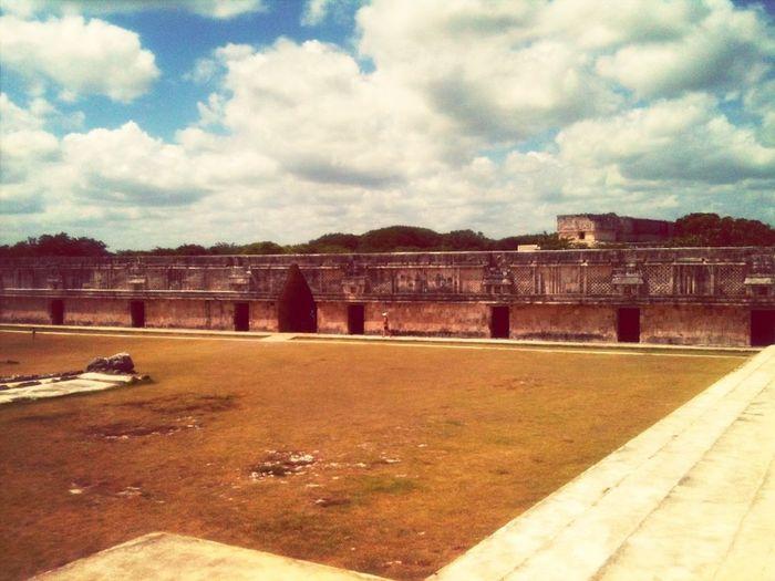 Historical Building Mexico Walking Around Walkin Around