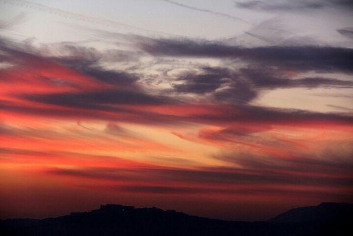 Sunset Beauty In Nature Tranquil Scene Cloud - Sky Nature Dramatic Sky Cloud Majestic Romantic Sky Napoli Naples Tramonti_italiani Tramonto Bellissimo Bellaitalia  Sky And Clouds Bellaitalia  Perendim Scenics Bella Italia Sunshine ☀ Citta Tramontoacolori